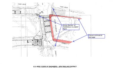 Overview of sidewalk closure. (Photo by Edward Buczek)